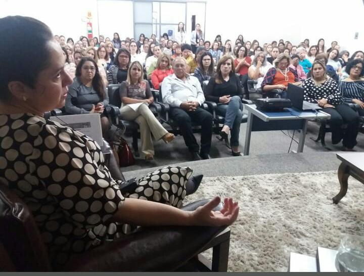 1° EDIÇÃO DO CAFÉ DA MANHÃ COM MULHERES EMPREENDEDORAS